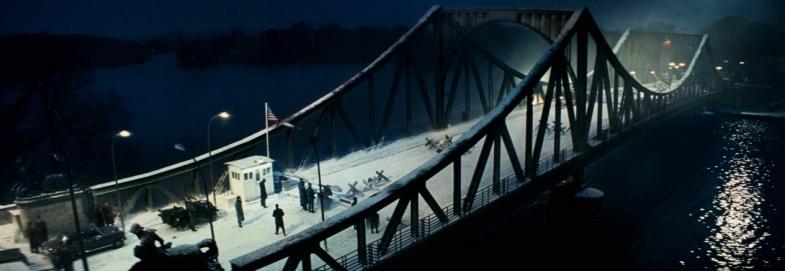 Bridge of Spies Glienicke Bridge Checkpoint Charlie Tom Hanks, Mark Rylance, Scott Shepherd, Amy Ryan, Sebastian Koch, Jesse Plemons, Domenick Lombardozzi, Steven Spielberg