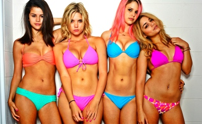 Spring Breakers Bikini Line Up Bra Panties Harmony Korine, Benoît Debie, Ashley Benson, Vanessa Hudgens, Selena Gomez, Rachel Korine, James Franco